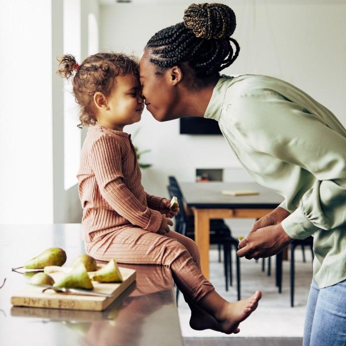 maman et fille cuisine