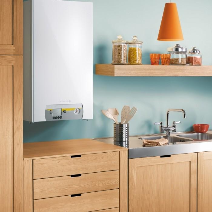 Chaudière murale gaz à condensation Vivadens dans une cuisine