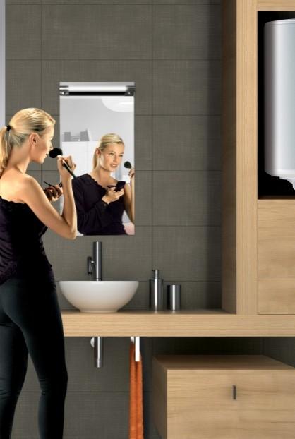Chauffe-eau électrique Cor-émail THS mural vertical dans une salle de bain