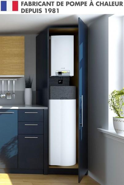 pompe a chaleur Alezio compact installé dans un placard à cuisine